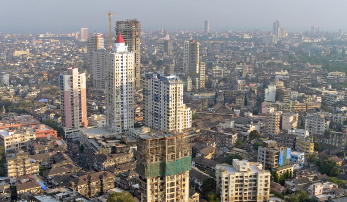 Cost of living in Mumbai - Guide for Students, Couples, Family