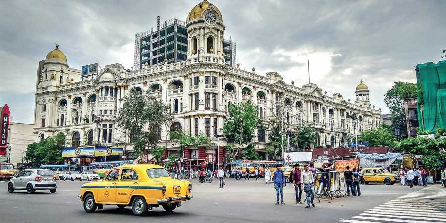 Cost of living in Kolkata - Guide for Students, Couples, Family