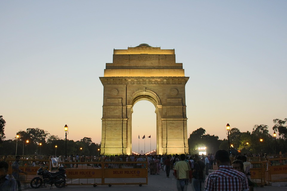 Cost of living in Delhi - Guide for Students, Couples, Family