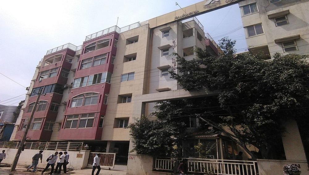 Aisshwarya Opulence Apartment