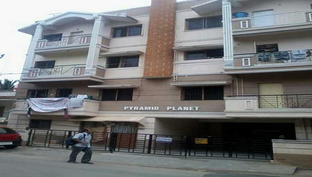 Pyramid Planet