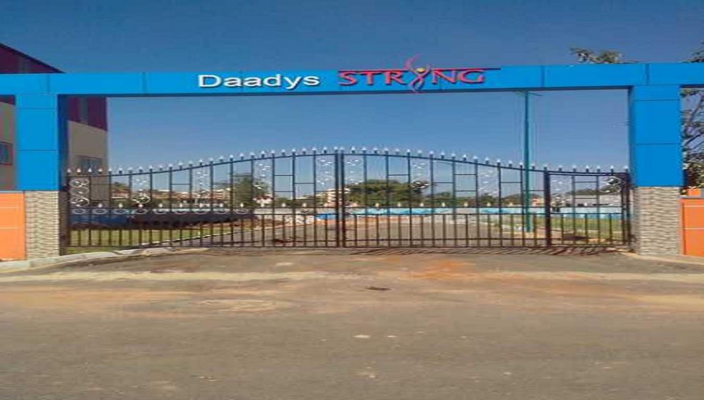 Daadys String