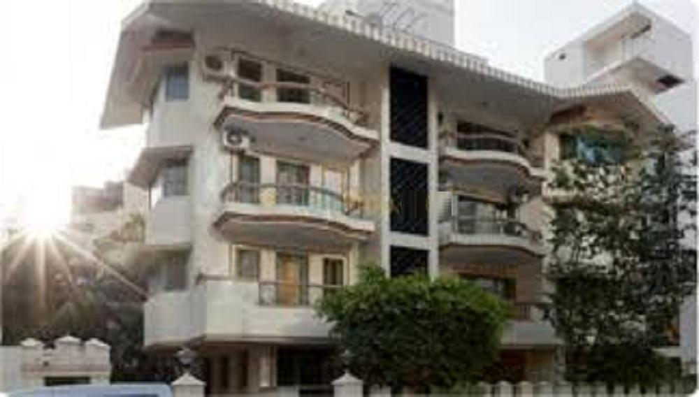 HM Windsor Apartments