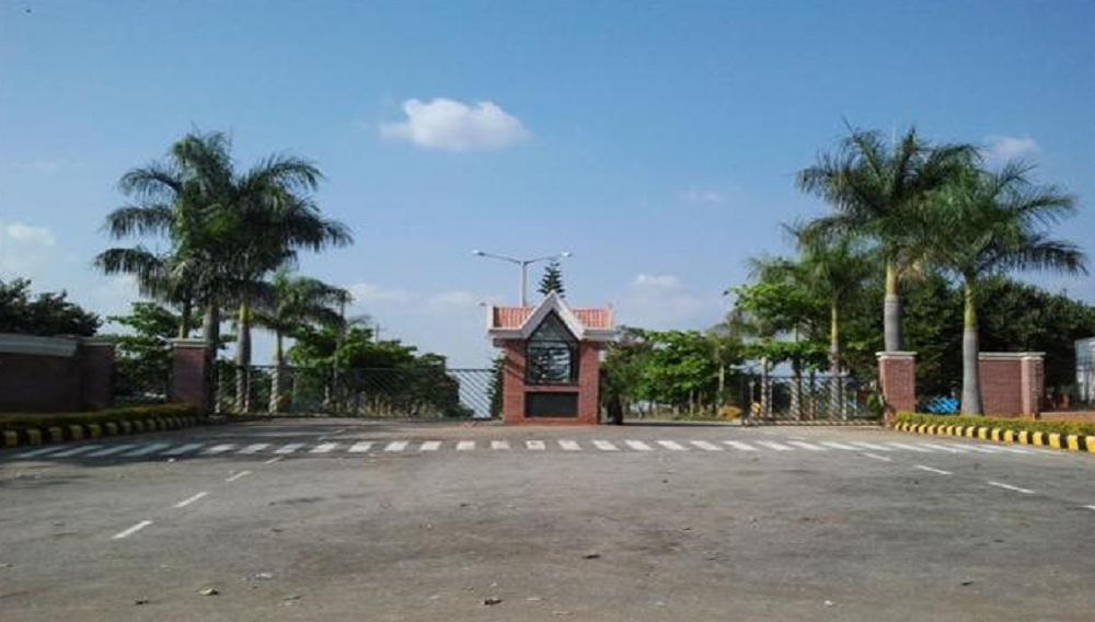 JR Gardens
