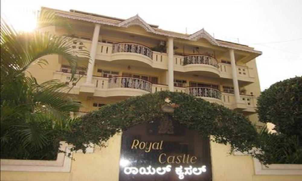 Royal Castle Apartments