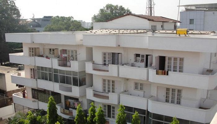 Srinivasa Poorna Palace