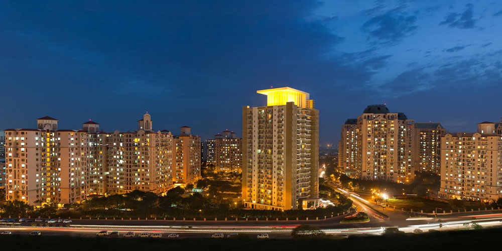 DLF Royalton Tower
