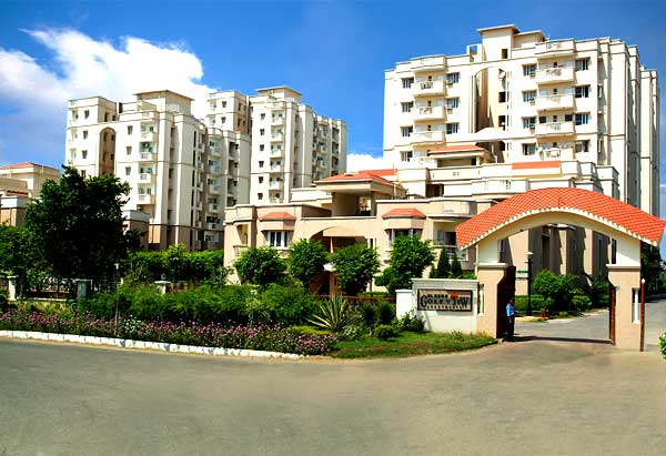 Eldeco Golf View Apartments