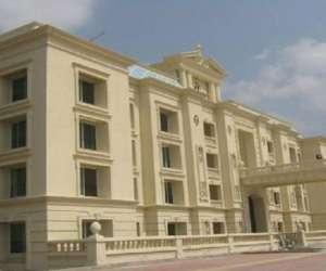 Hirco Palace Gardence